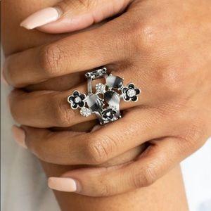 Black White Moonstone Stretch Ring NWT